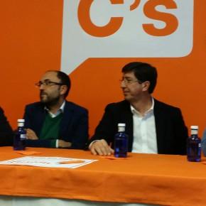 """Juan Marín: """"Ya es hora de que la clase política no ignore a los ciudadanos y empiece a mirarlos de frente"""""""